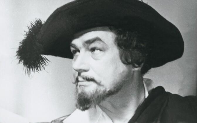 Eesti laulja Georg Ots, bariton [21.03.1920 Petrograd - 5.09.1975 Tallinn], lavastus Mees La Manchast. 1971
