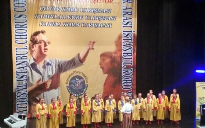 ETV kontsertkoor Istanbuli laval.