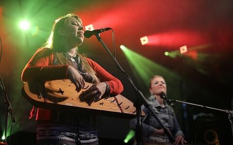Viljandi Pärimusmuusikafestival 2015: Mari Kalkun & Runorun