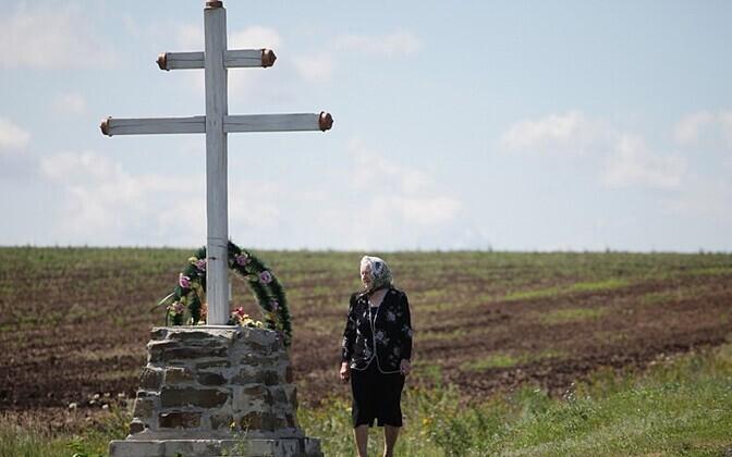 Rist Malaysia Airlinesi lennuki katastroofipaigas Donetski oblastis Grabovo küla lähedal