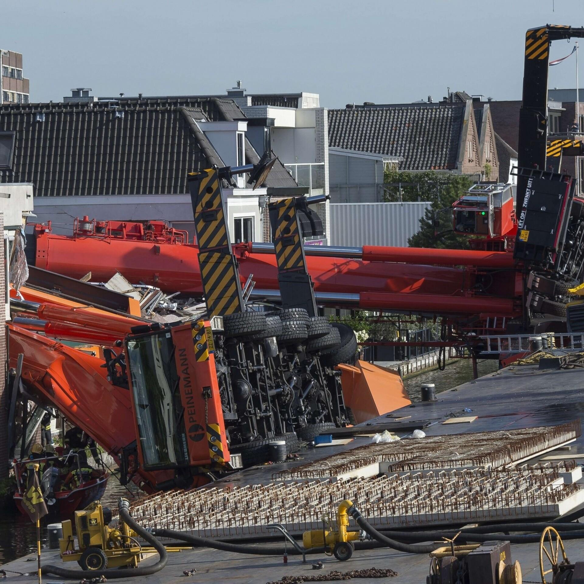 097264fe22c Kahe kraana kukkumises elumajadele sai Hollandis viga üks inimene |  Välismaa | ERR