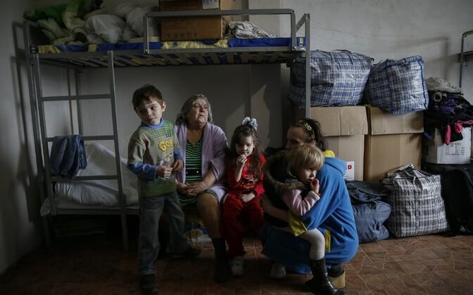 Ukraina sõjapõgenikud Slovjanski linnas asuvas vabatahtlike poolt loodud keskuses