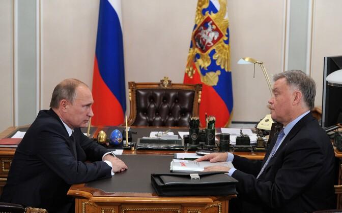 Venemaa president Vladimir Putin kohtub endise Venemaa Raudtee juhi Vladimir Jakuniniga