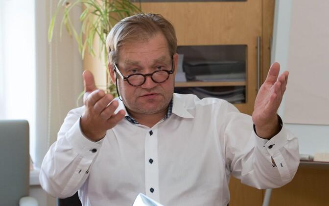 Ivari Padar annetas sotsidele 10 000 eurot.