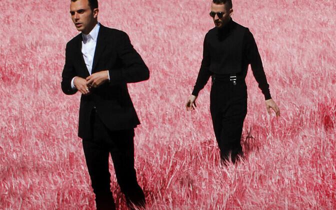 Briti popduo Hurts esitleb Eestis oma lemmikpublikule uut albumit