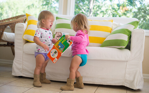 Mõni olukord nõuab enesekehtestamist. Kui laste puhul võib see väljenduda agressiivsemas toonis, siis täiskasvanute käitumine on muutunud küpsemaks ja võtted komplekssemaks.
