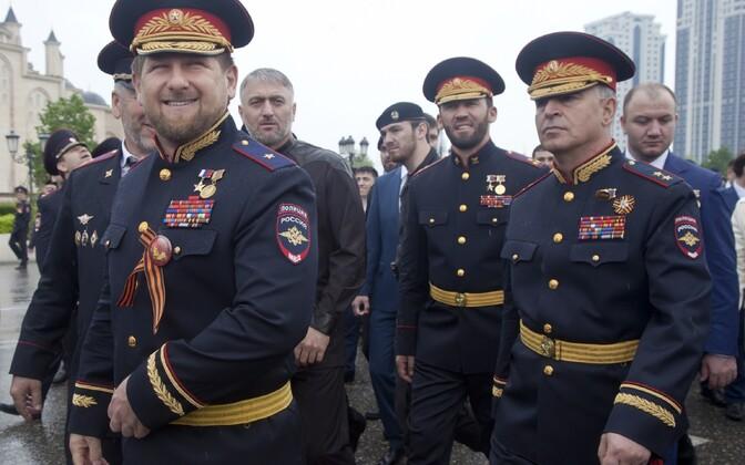 Ramzan Kadõrov käesoleval aastal Suure Isamaasõja võidu aastapäeva tähistamas