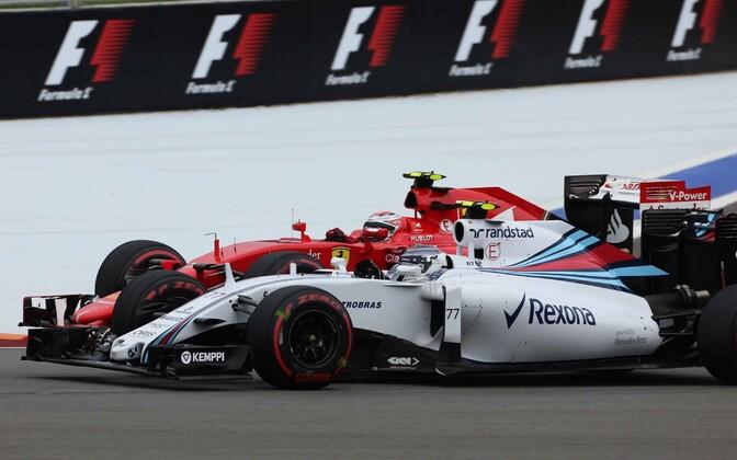 Valtteri Bottas (esiplaanil), Kimi Räikkönen (tagaplaanil)