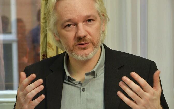 Julian Assange Londonis Ecuadori saatkonnas 18. augustil 2014