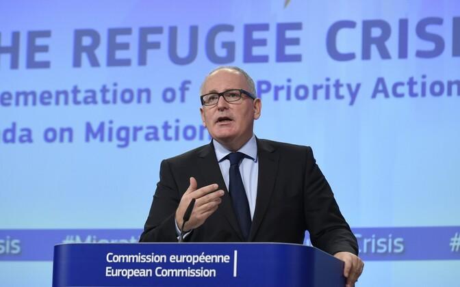 Вице-президент Европейскоой комиссии Франс Тиммерманс на пресс-конференции 14.10.2015 г.
