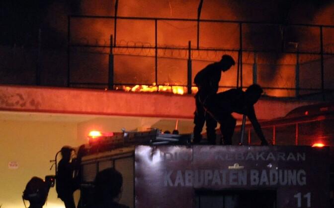 Indoneesia tuletõrjujad. Pilt on illustreeriv.