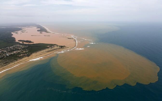 Aerofoto Rio Doce jõesuudmest.