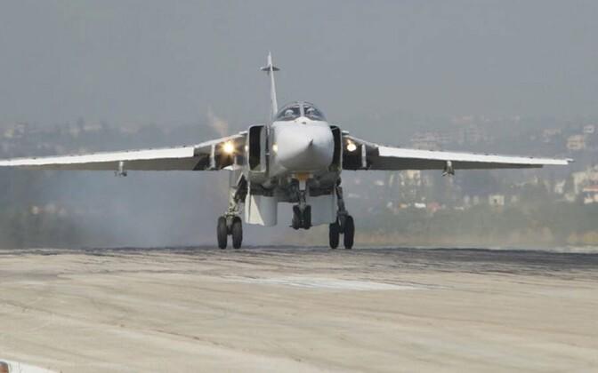 Российский самолет Су-24 в Сирии.