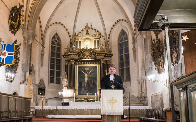 Archbishop of the EELK Urmas Viilma at St. Mary's Cathedral in Tallinn.