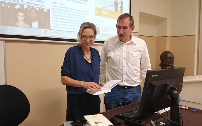 Toronto ülikooli immigratsiooniuurija Deanna Pikkov koos Tartu ülikooli sotsioloogia lektori Andu Rämmeriga.