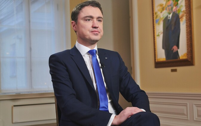 Prime Minister Taavi Rõivas embarked on a business visit to Japan today.