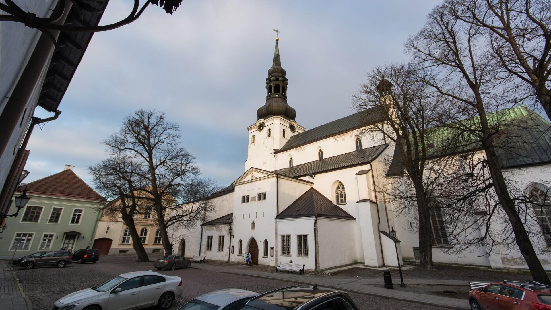 081f084a26d Kirik plaanib toetusavaldust abielu kui mehe ja naise liidu põhiseadusesse  panekule | Eesti | ERR
