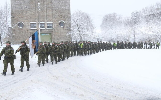 1. jalaväebrigaadi suurtükiväepataljoni sõdurid. Illustreeriv foto.
