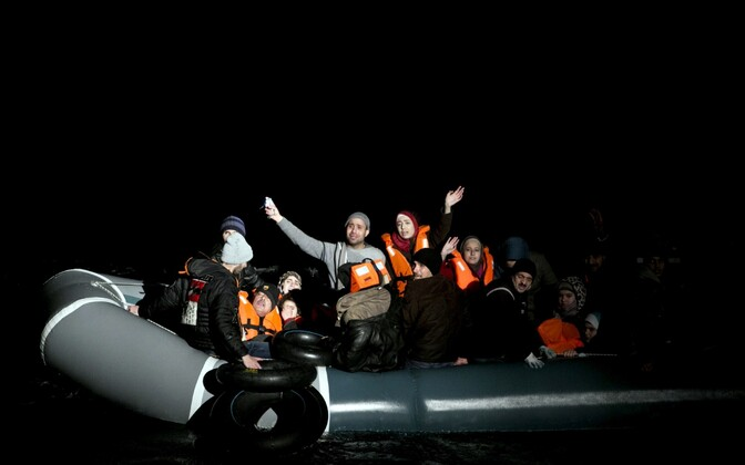 People begging to be rescued near Agathonísi, Greece