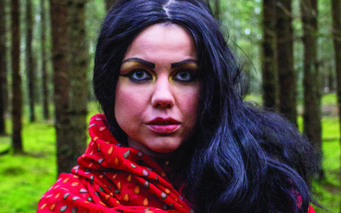 Näitleja Laura Niils