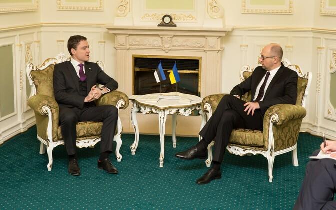Taavi Rõivas and Ukraine's Prime Minister Arseniy Yatsenyuk