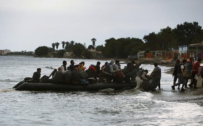 Migrantide paat Kosi saare rannas