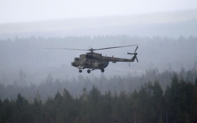 Helikopter Mi-8.