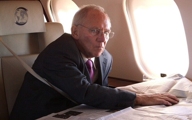 Välisilma dokk Schäuble - võim ja võimetus (Wolfgang Schäuble – Facing the Euro Crisis, Saksa 2015)