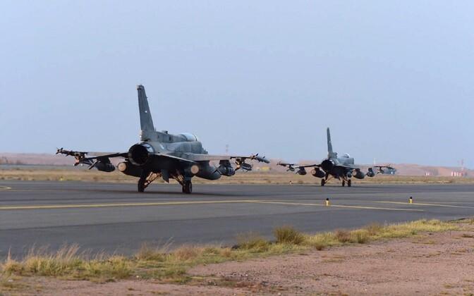 Araabia Ühendemiraatide relvajõudude lennukid.