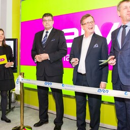 At the opening of ERR's Narva TV studio for ETV+.