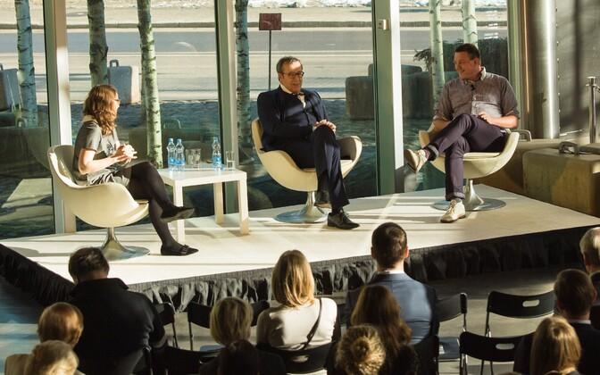 Мерилин Пийпуу, Тоомас Хендрик Ильвес и Свен Тамкиви на пресс-конференции, посвященной Vabamu