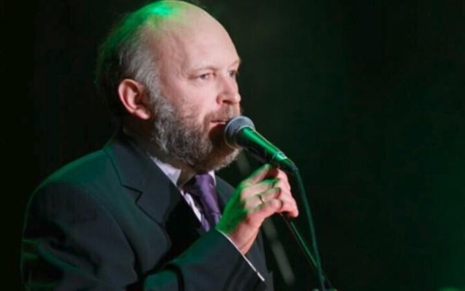 Анатолий Щура много лет руководит симфоническим оркестром Нарвы.