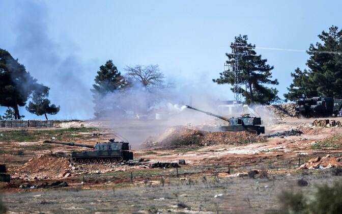 Türgi iseliikuvad kahurid.