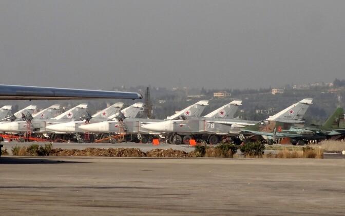 Vene sõjalennukid Hmeimim õhuväebaasis Latakia provintsis.
