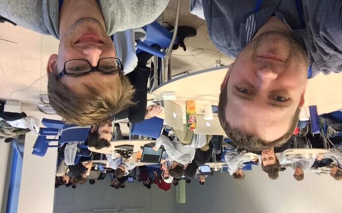 Tambet Matiisen (vasakul) ja Tanel Pärnamaa jäid ülemaailmsel masinõppe teemalisel võistlusel neljandaks.
