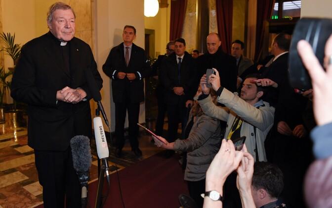 Kardinal George Pell täna Quirinale hotellis pressikonverentsil