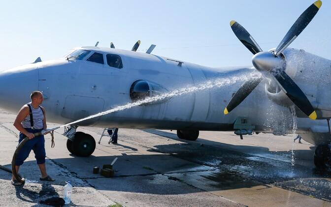 Самолет Ан-26.