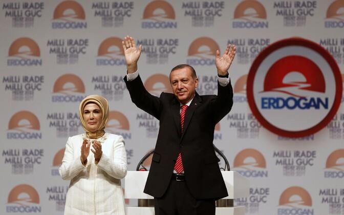 Emine Erdogan ja Recep Tayyip Erdogan