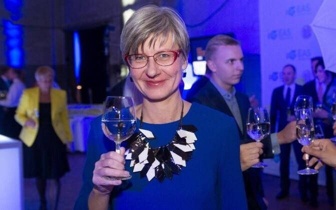 Кати Кузьмин отозвала из правления концерна по пошиву одежды Baltika.