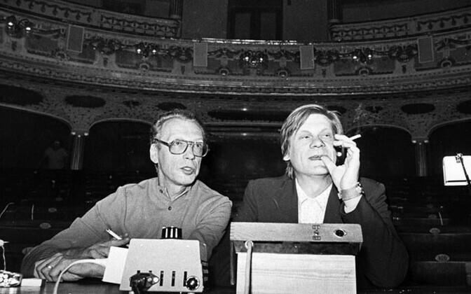 """Georg Sander ja Jaan Tooming lavastuse """"Põrgupõhja uus Vanapagan"""" proovis"""