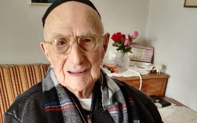 Yisrael Kristal 112-aastaselt.