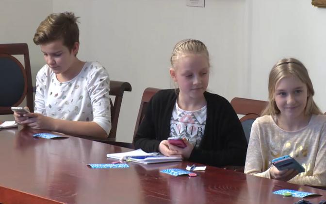Narva lasteülikooli õpilased Tartu ülikoolis.