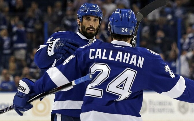 Jason Garrison ja Ryan Callahan (Tampa Bay Lightning)