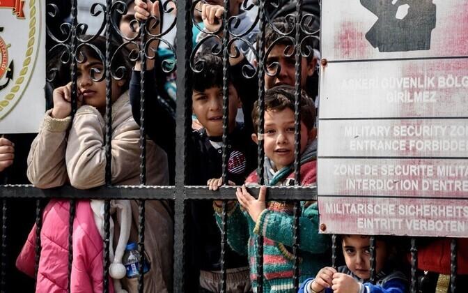EC выдвинул Польше иВенгрии ультиматум по задачам беженцев