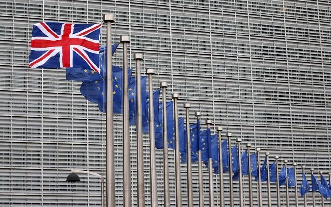 Suurbritannia lipp Euroopa Komisjoni hoone ees Brüsselis