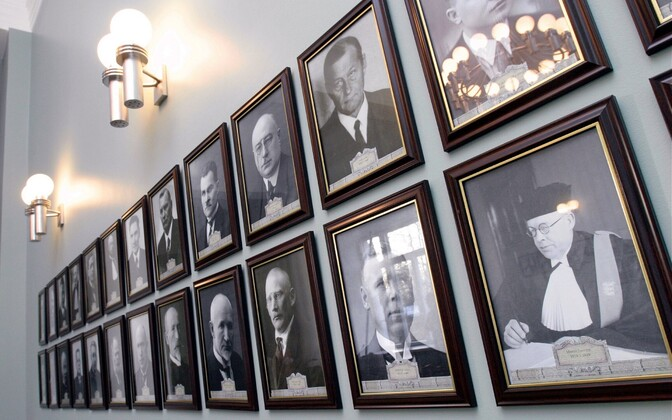 Portraits of Justices of the Supreme Court in Tartu.