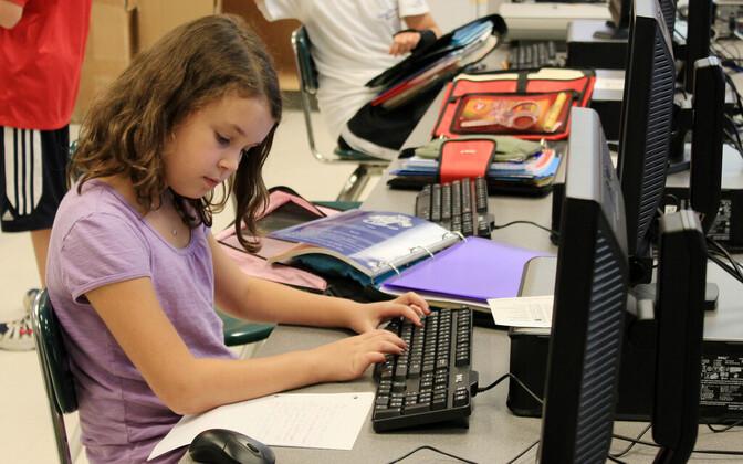 IT-päeva eesmärk on seega tutvustada tüdrukutele infotehnoloogia eriala kui potentsiaalset õppimise- ja karjäärivalikut.