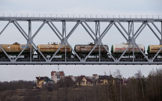 A freight train crossing the Estonian-Russian border in Narva.