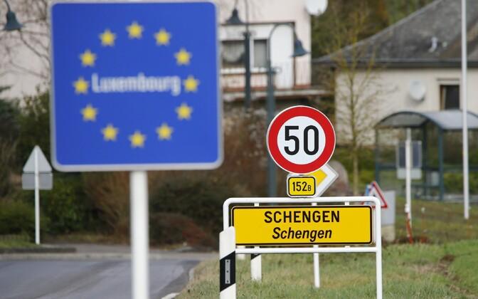 Шенгенская зона включает в себя 26 европейских государств, в том числе и Эстонию.