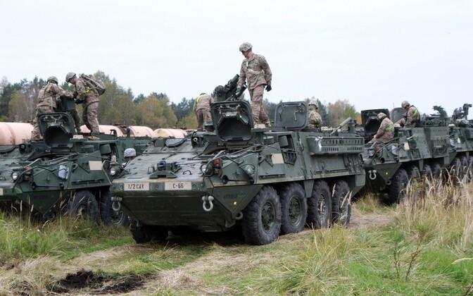 USA soomusmasinad Stryker õppustel Leedus.